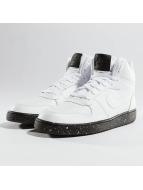 Nike Baskets Court Borough Mid blanc