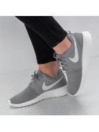 Nike Baskets Roshe One gris