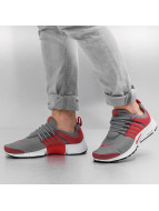 Nike Baskets Presto Essential gris