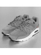Nike Baskets Air Max Command Premium gris