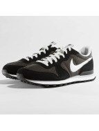Nike Baskets Internationalist gris