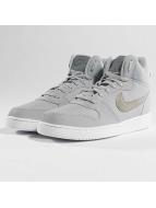 Nike Baskets Court Borough Mid gris