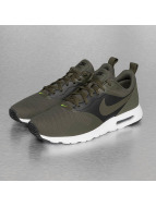 Nike Baskets Air Max Tavas Special Edition kaki