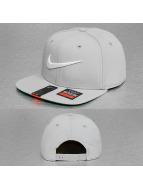 Nike Casquette Snapback & Strapback Swoosh Pro gris