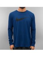 Nike Longsleeve Icon Swoosh blau