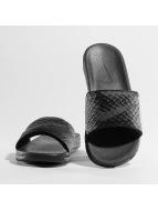 Nike Sandalen Benassi Solarsoft Slide schwarz