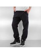 Nike SB Chinot/Kangashousut SB FTM musta