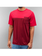 Nike SB T-paidat Dri-Fit Blocked Pocket punainen