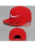 Nike Snapback Capler Swoosh Pro kırmızı