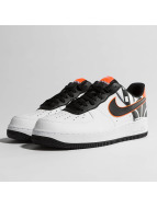 Nike Snejkry Air Force 1 07' LV8 bílý