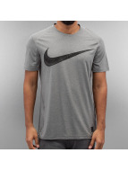 Nike T-paidat NP CL Fitted Swoosh harmaa