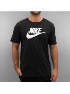 Nike T-paidat Futura Icon musta