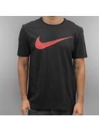 Nike T-paidat Hangtag Swoosh musta