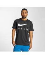 Nike T-paidat Dry Athlete Training musta
