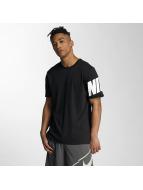Nike T-paidat NSW Hybrid musta