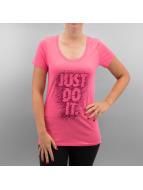 Nike T-paidat Scoop JDI purpuranpunainen