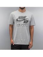 Nike T-Shirt Air Art grau