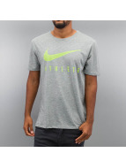 Nike T-Shirt Blend Mesh Swoosh Athlete Training grau