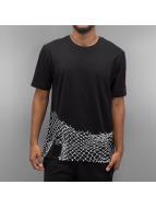 Nike T-Shirt NSW Air Chain  FNCE schwarz