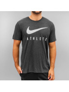 Nike T-Shirt Blend Mesh Swoosh Athlete Training schwarz