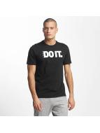 Nike t-shirt NSW Verbiage 2 zwart