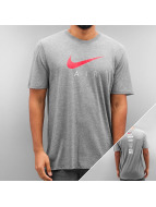 Nike T-skjorter NSW TB Air Hybrid Totem grå