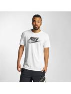 Nike T-skjorter NSW TB Seasonal FTRA hvit