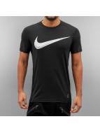 Nike T-skjorter NP CL Fitted Swoosh svart