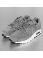 Nike Tennarit Air Max Command Premium harmaa