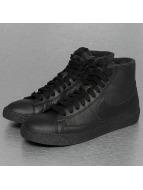 Nike Tennarit WMNS Blazer Mid SE musta