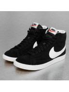 Nike Tennarit WMNS Blazer Mid Suede musta