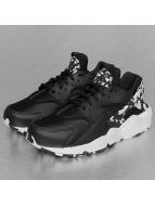 Nike Tennarit Women's Air Huarache Run SE musta