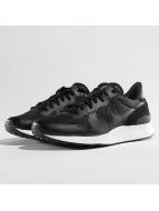 Nike Internationalist LT17 Sneakers Black/Black/White