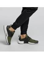 Nike Zapatillas de deporte Air Presto Essential oliva
