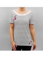 Only T-paidat onlKita valkoinen