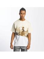 Pelle Pelle T-paidat Off Balance ruskea