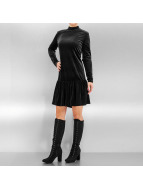 Pieces Kleid pcMary Samt schwarz