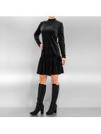 Pieces Sukienki pcMary Samt czarny
