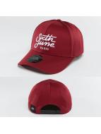 Sixth June Snapback Cap Curved Logo rot