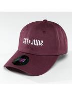 Sixth June Snapback Caps Logo lilla