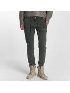 Sublevel Boyfriend Jeans Jogg zelený