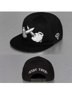 TrueSpin Snapback Cap Crossed black