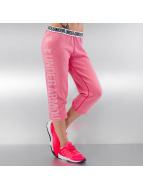 Under Armour Jogginghose Favorite Fleece Capri pink