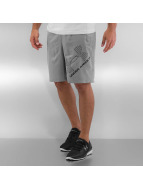 Under Armour shorts Heatgear Woven Graphic grijs