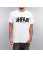 UNFAIR ATHLETICS T-paidat Classic Label valkoinen
