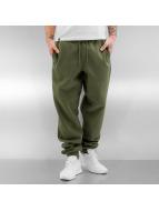 Urban Classics Jogging pantolonları Basic zeytin yeşili