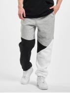 Urban Classics Spodnie do joggingu Zig Zag szary