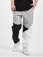 Urban Classics Sweat Pant Zig Zag grey