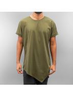 Urban Classics t-shirt Asymetric Long olijfgroen