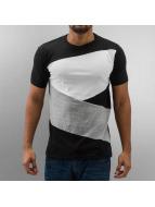 Urban Classics T-Shirts Zig Zag sihay